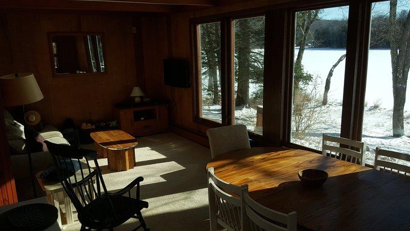 habitación familiar con vistas panorámicas del lago