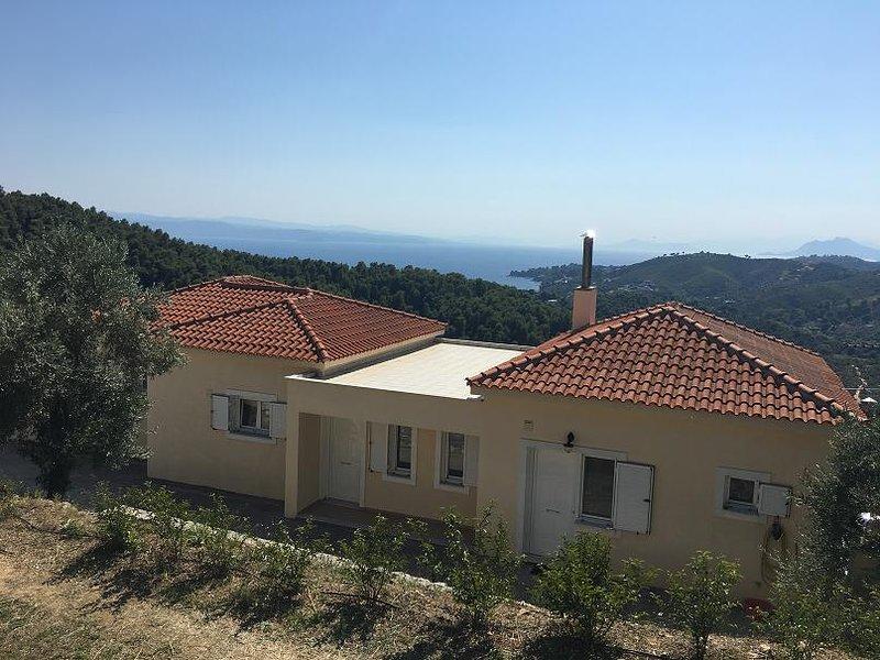 Villa Mai tiene una impresionante vista sobre el mar Egeo.