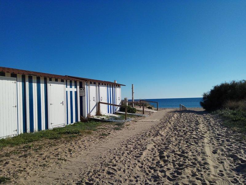 PRIMERA  Línea de Playa .Ático vistas al mar.4-6 PERSONAS.120M., alquiler de vacaciones en Islantilla