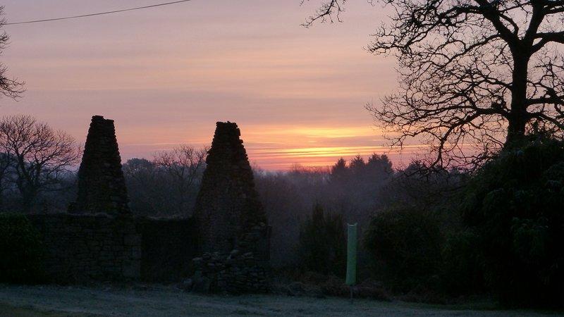 Couetilliec zonsondergang in het voorjaar van ,,, gewoonweg verbluffend