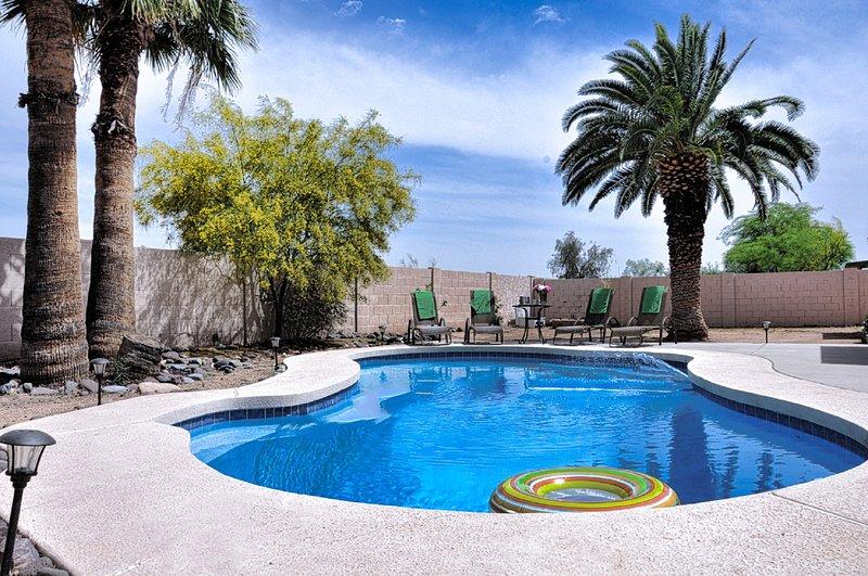 Backyard, poolområdet