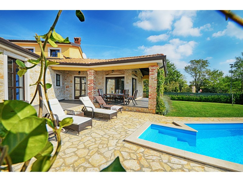 Villa Sima, holiday rental in Kastelir