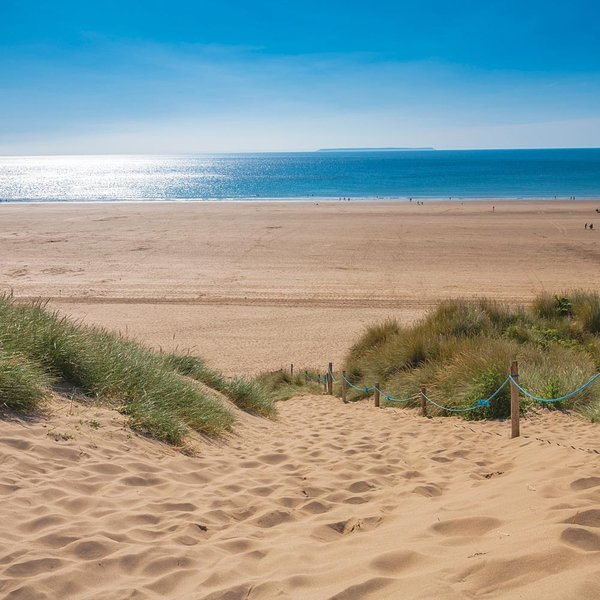 Woolacombe Beach, 3 miles of sandy heaven just minutes away by car!