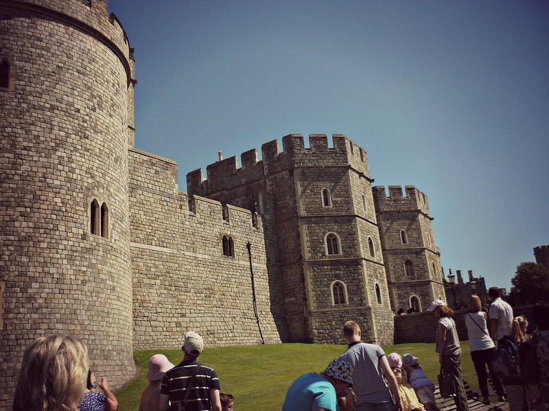 A poca distancia de Castillo de Windsor y Meghan y la boda de Harry.