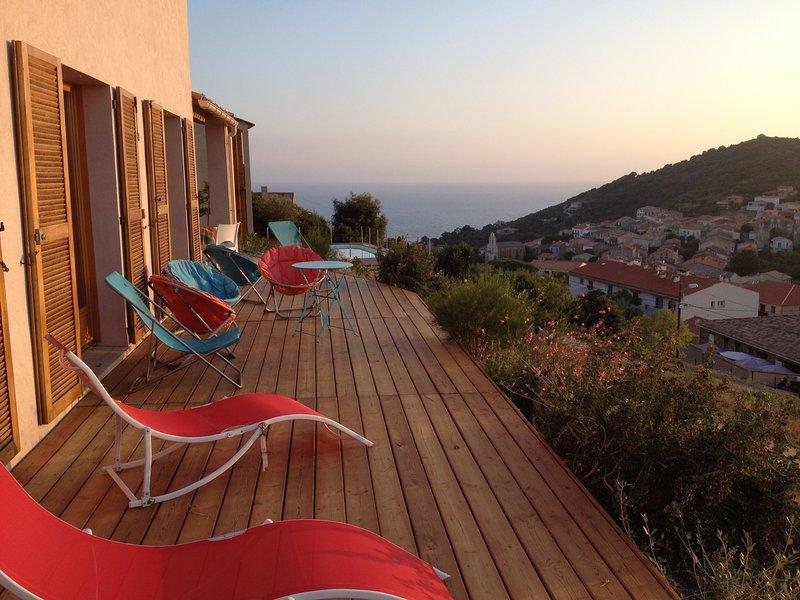 Vue exceptionnelle en plein cœur de Cargèse, location de vacances à Cargese