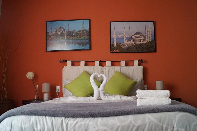 Casa Hagia Sofia.Ideal para familias y parejas.Centrico .En plena  Costa Dorada, holiday rental in Altafulla