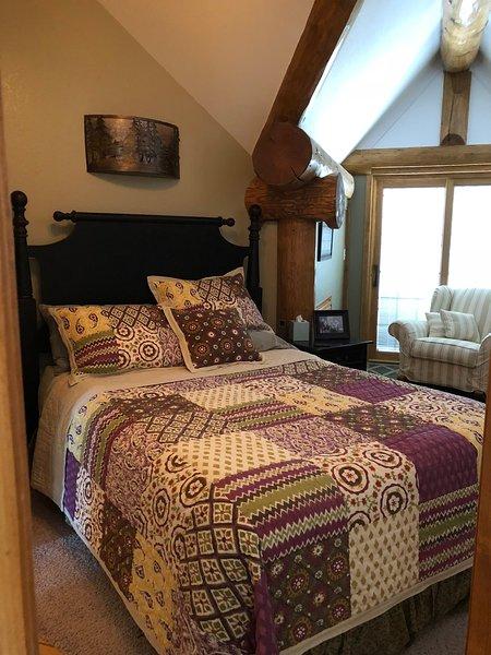 bedroom 2 upper level