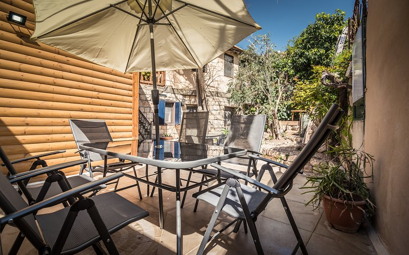 Myrtle the Turtle Patio Unit, holiday rental in Yesod Hamaala