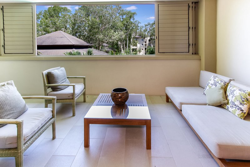 Bellflower | Private Apartment at Sea Temple, vacation rental in Palm Cove