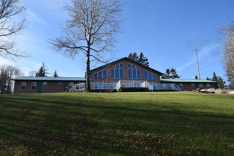 Lodge on lakeside