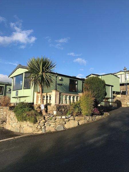 2 bedroom 6 berth static caravan on Hendre coed in Barmouth, vacation rental in Llanaber