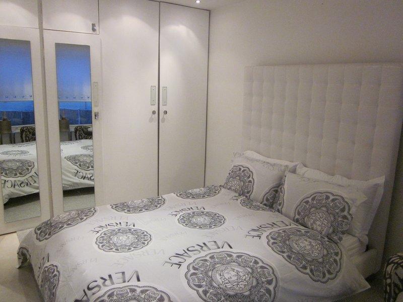 Un montón de espacio en el armario - ideal para estancias más largas