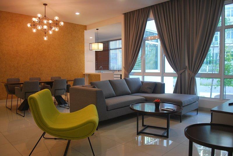 ★Luxury Vacation Home at Central of Batu Ferringhi, holiday rental in Batu Ferringhi