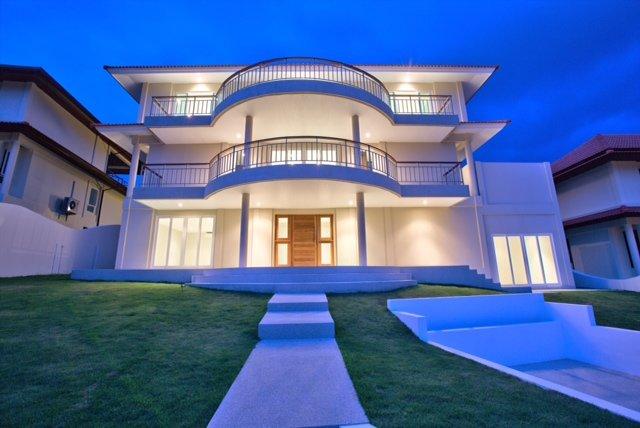 Grand View Villa, Private Beach and Pool, alquiler vacacional en Plai Laem