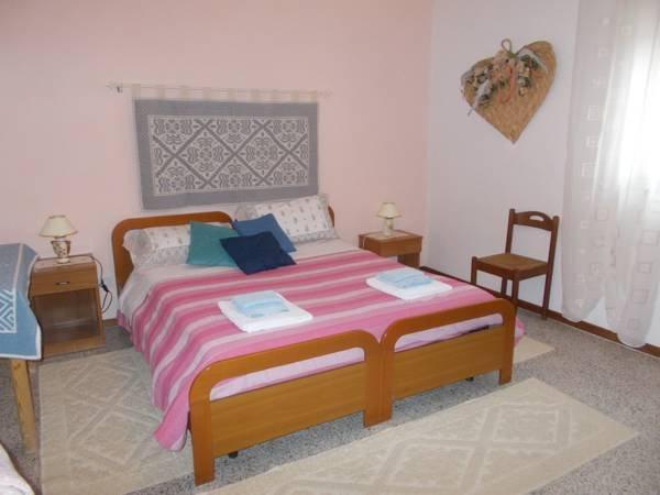Abitazione privata  SA STANZA SARDA, casa vacanza a Gergei