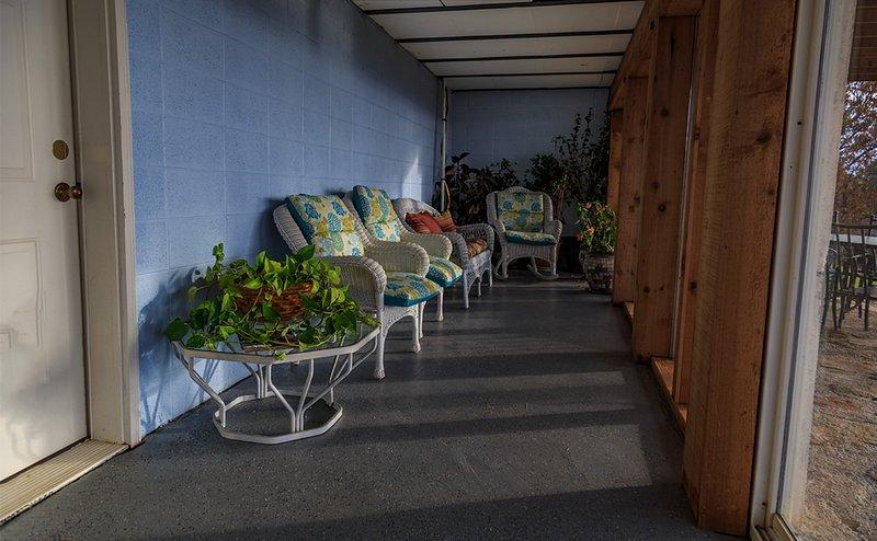 Ao sair do quarto Rec para esta sala sol lindo! Você pode desfrutar de um café e apreciar a vista!