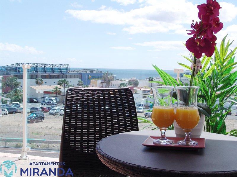 Apartamentos Miranda Puerto del Rosario, holiday rental in Tetir