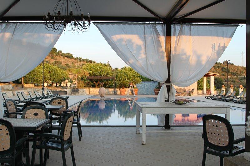 VILLA VESTA SUPERIOR, holiday rental in Lenzevacche