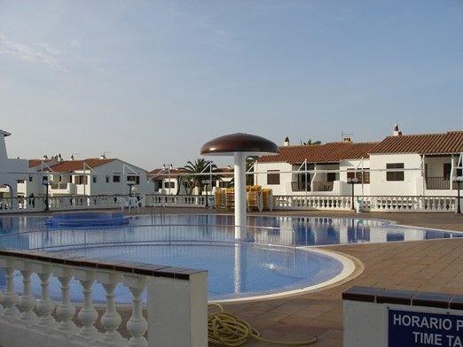 2 Bedroom Apartment, Son Bou, San Jaime,Menorca, alquiler vacacional en Alaior