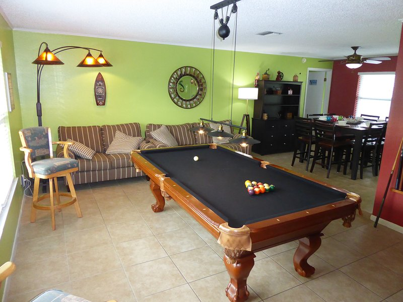 Casa Vista Verde I Dream House & Vacation Paradise Orlando Area 5/2 Pool Disney, location de vacances à Altamonte Springs