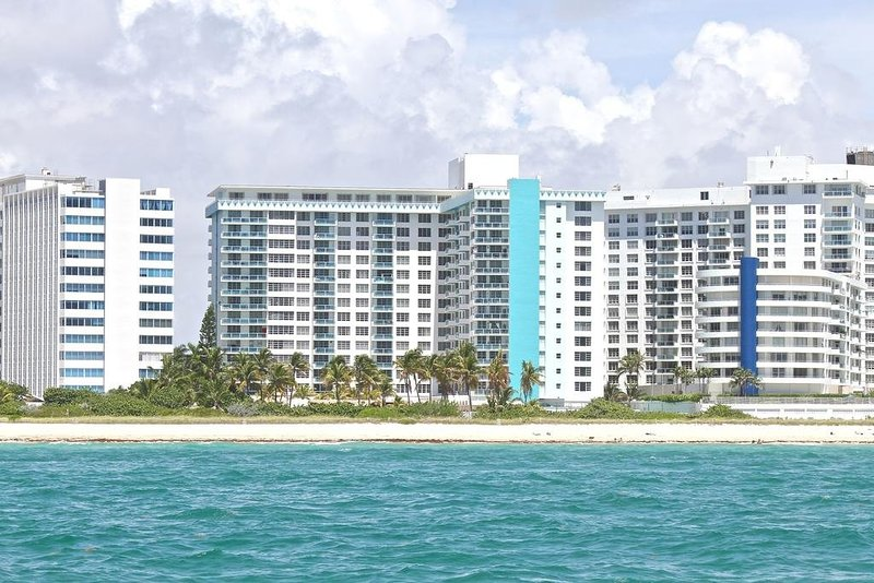 6 guests two bedroom master suite bay view seacoast suites 9 updated 2019 tripadvisor for Two bedroom suites in miami beach