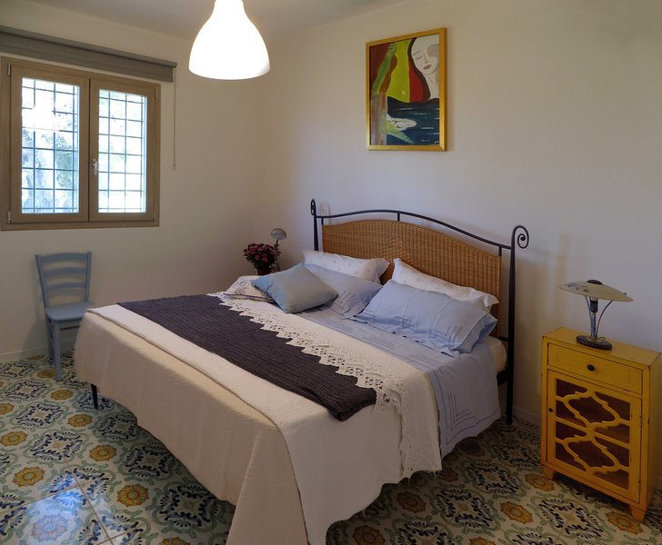 La Casa di Tancredi a mare, holiday rental in Granelli