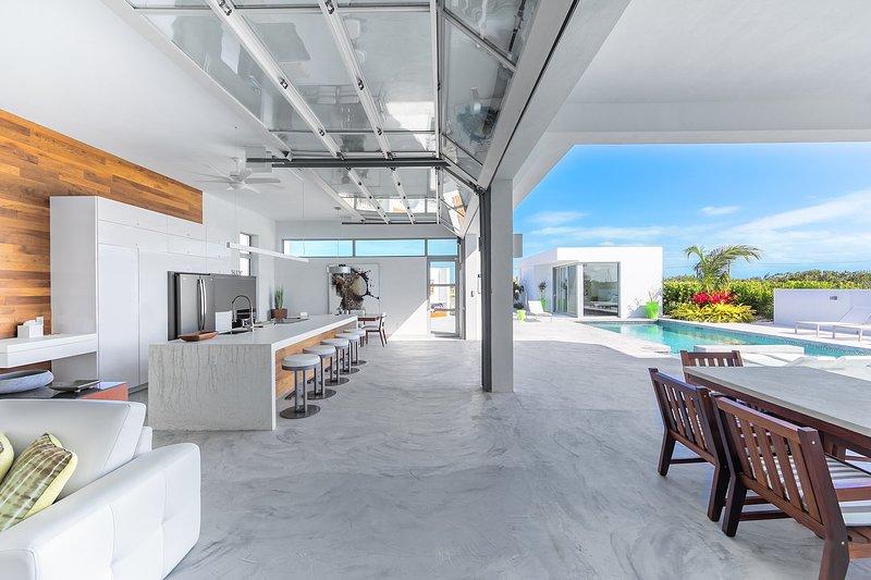 Luxe Indoor / Outdoor Living