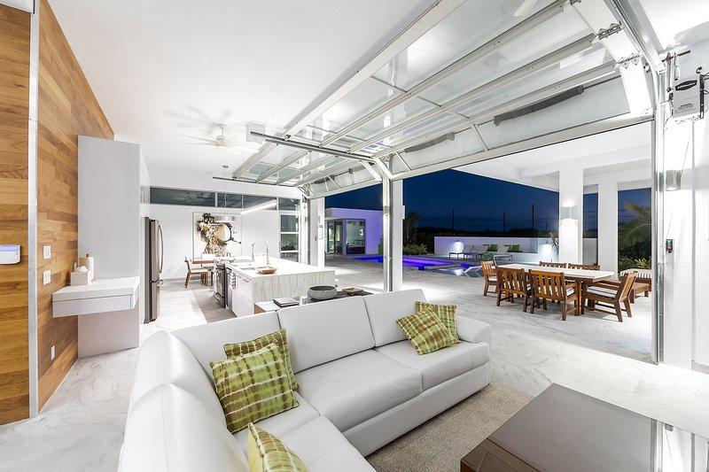 Unique Villa Estate on Providenciales - Much more than Villas, see why, alquiler vacacional en Long Bay Beach