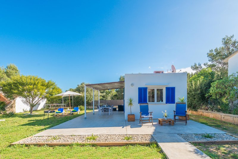 SESTANYOL - Chalet for 2 people in Colonia de Sant Pere - s'Estanyol, holiday rental in Colonia de Sant Pere