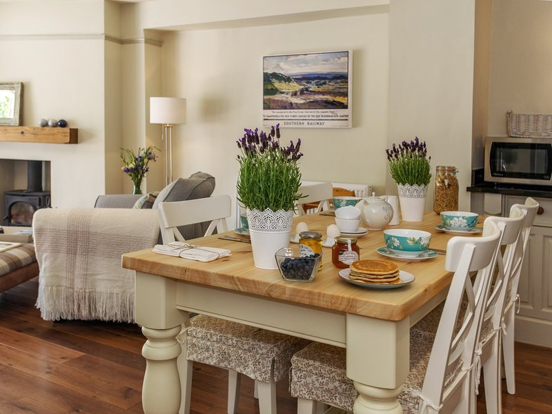 Perfect dining area for family and friends