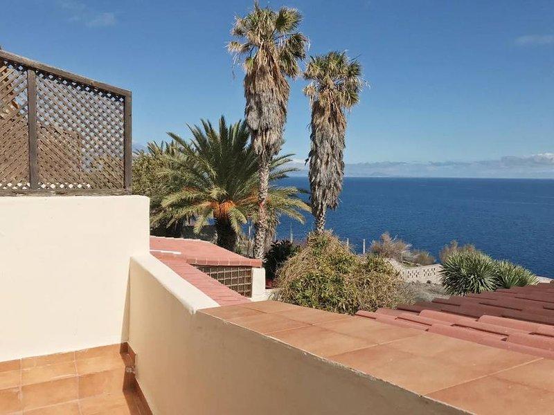 Nice house with sea view & terrace, holiday rental in San Sebastián de la Gomera