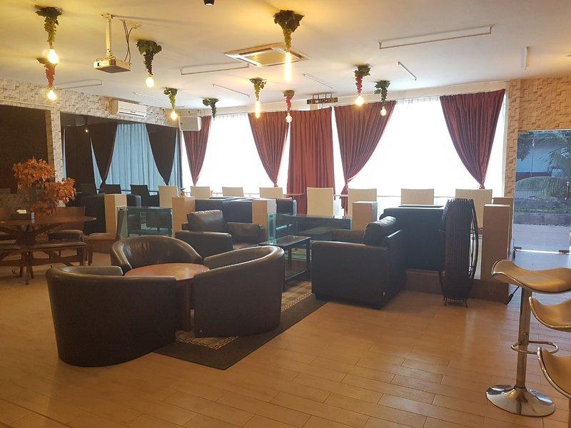 Shen Yu Lin Homestay - Bedroom 1, holiday rental in Batam Center