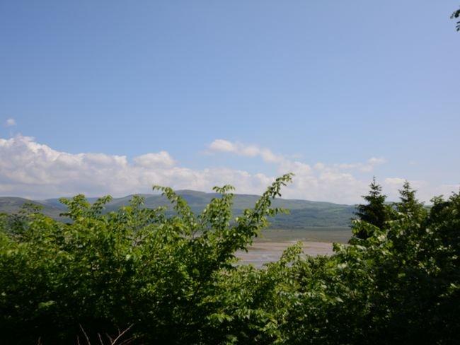 Nearby  views