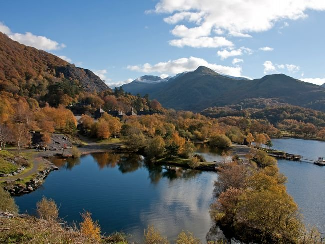 The property is located in the beautiful Snowdonia National Park