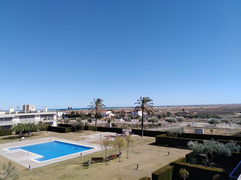 View garden / pool of the residence, and the delta and its vast beaches