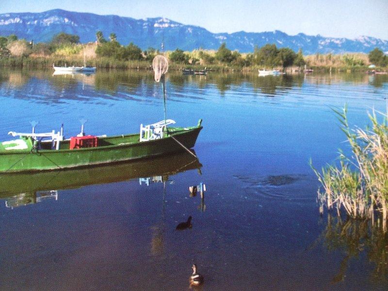 Estany lake at 2km