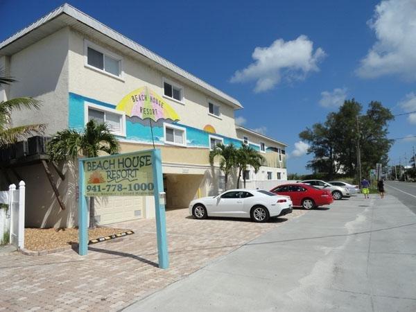 Beach House Resort 10 - Imagen 0