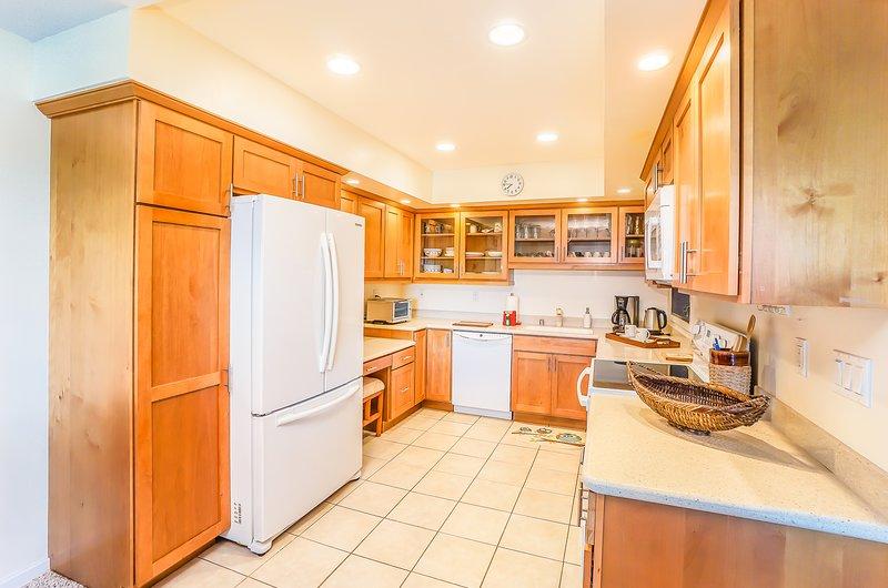 Keauhou Punahele #B202 - Fully equipped kitchen