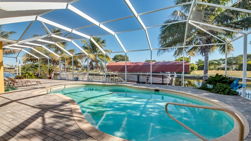 Villa Courtney Cape Coral Has Internet Access And Parking