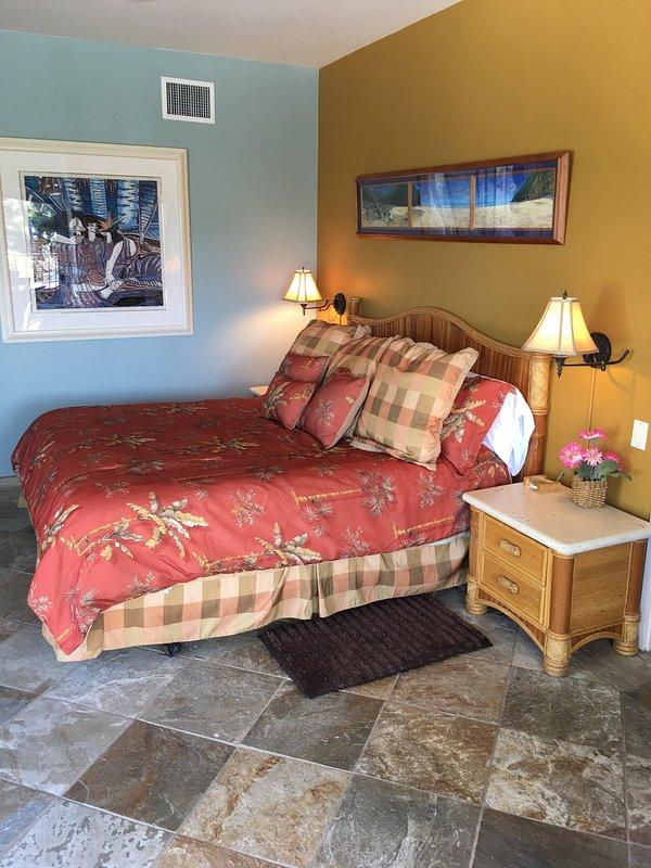 Royal Sea Cliff #314 - Master bedroom