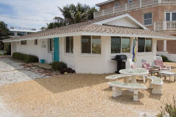 Jukes Beach House - Imagen 0