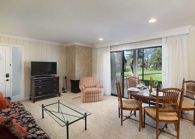 Adjoining Silverado Condos w/ Heated Pool & Patios - Near Downtown, holiday rental in Yountville