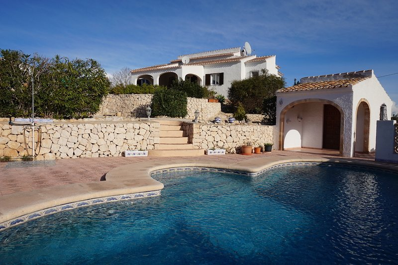 Fantástica villa española con un toque moderno