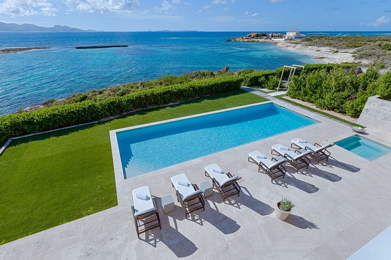 Beaches Edge Anguilla - Sleek & Modern, Path to Beach, Ocean Views, Concierge, vacation rental in Little Harbour