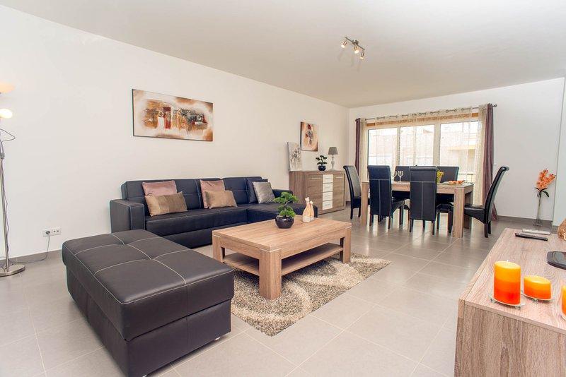 Urbanização da Pegada - Apartamento T2 de luxo, vacation rental in Tavira