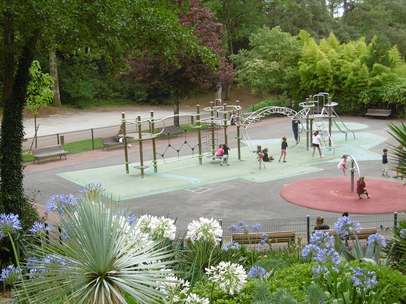 Kindergarten at the Parc des Dryades 200m