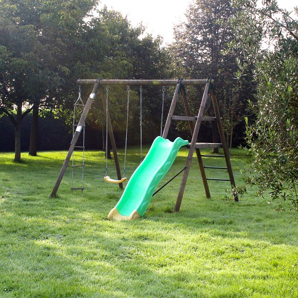 Outdoor play in the mom and dad of responsibility