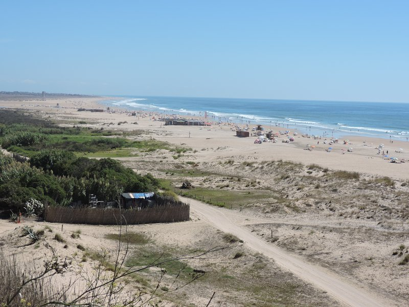 Overview of several beaches, La Fontanilla, Los Bateles, and in the background, El Palmar.