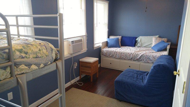 Schlafzimmer drei im Obergeschoss