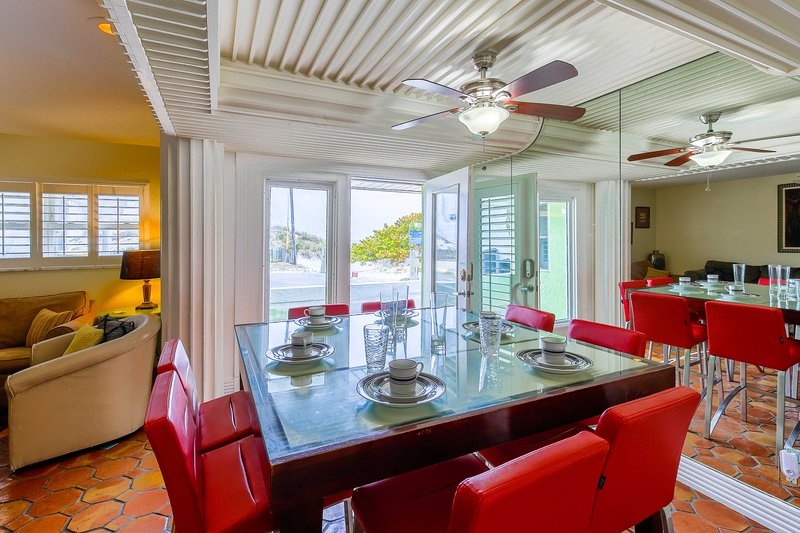 Make this Clearwater Beach vacation rental house your Florida home base.